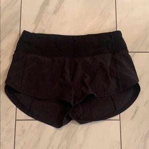 """Black Lululemon Speed Up Shorts Size 0 2.5"""""""